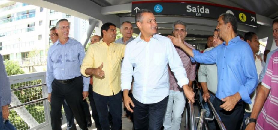 Rui entrega passarela da Estação Flamboyant do Metrô de Salvador