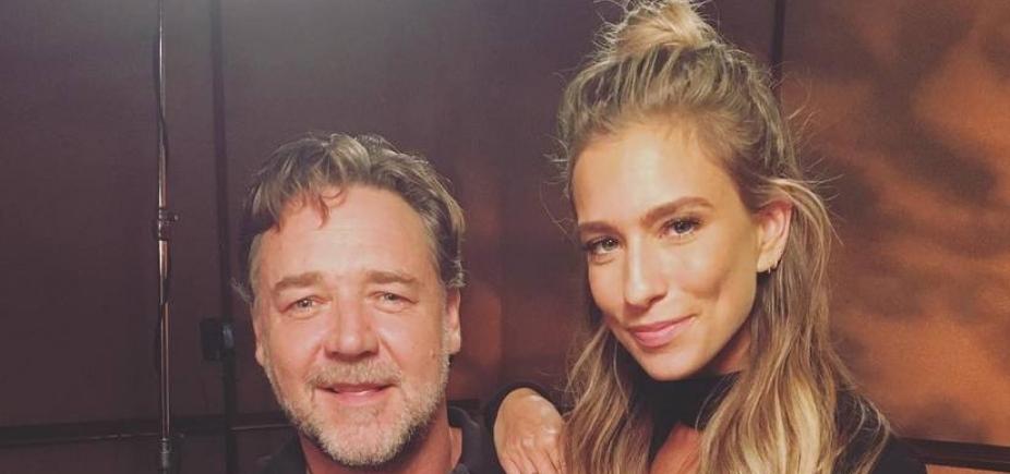 Russell Crowe leiloa armadura do ʹGladiadorʹ para pagar divórcio