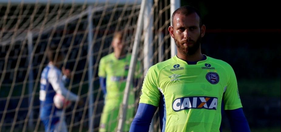 Goleiro do Bahia rescinde contrato e vai para o Vila Nova