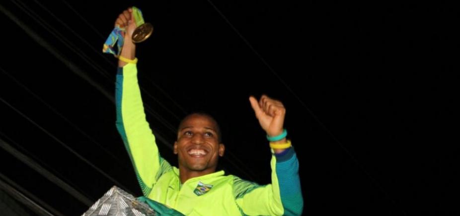 Boxe: baiano Robson Conceição volta a lutar dia 28 de abril