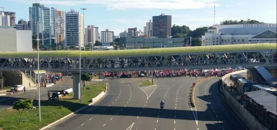 Grupo marca protestos em Salvador até o final de semana
