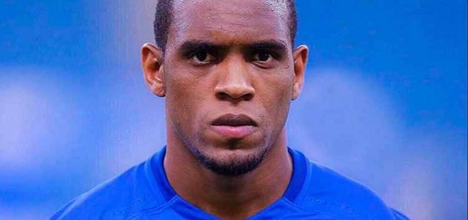 Zagueiro do Cruzeiro é procurado pelo Vitória