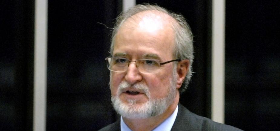 Ministro do STJ nega liminar para suspender condenação de Azeredo