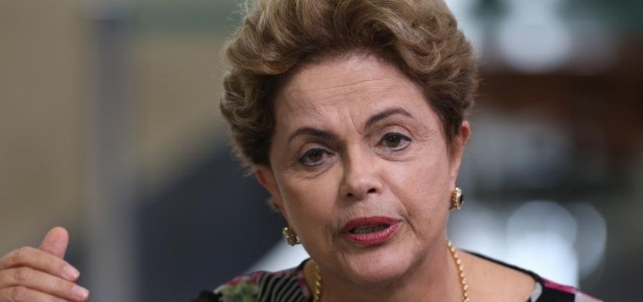 Na Espanha, Dilma confirma ʹtendênciaʹ a disputar vaga no Senado