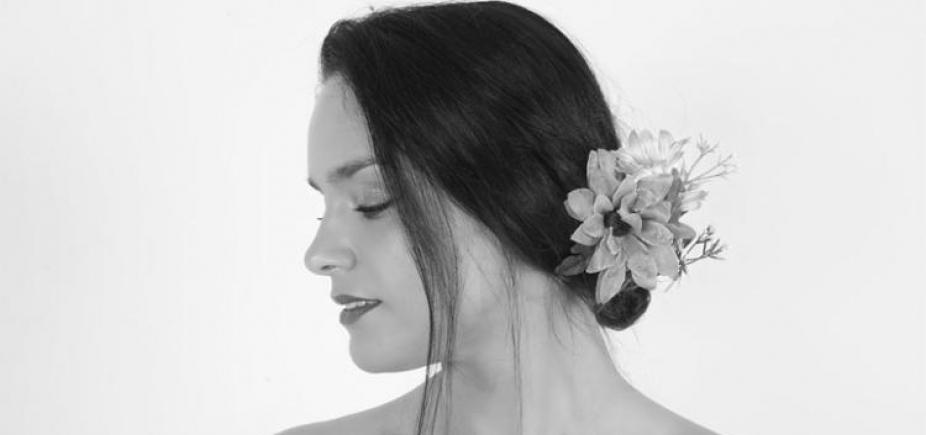 Cantora portuguesa recebe Armandinho e Carla Visi em show em Salvador