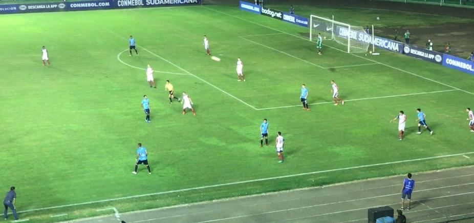 Bahia desperdiça gols e perde por 1 a 0 para o Blooming na Bolívia