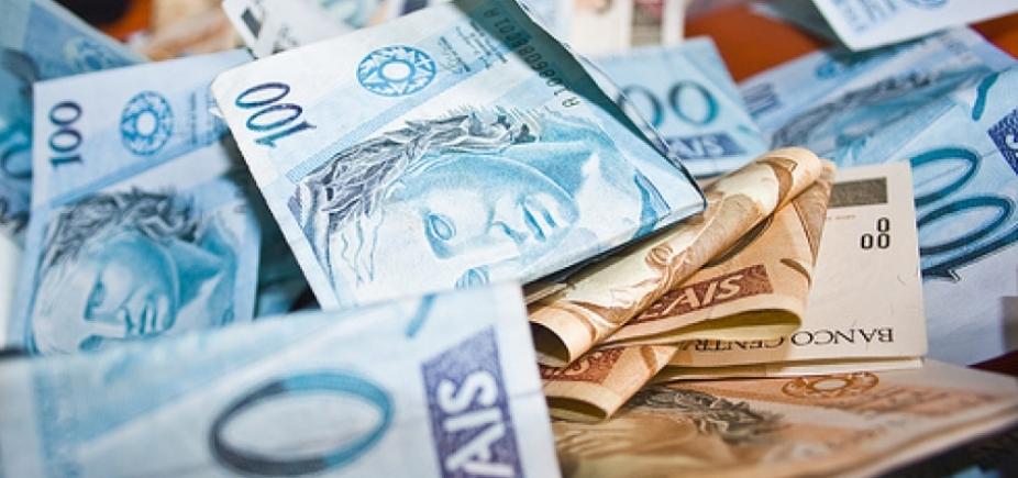 Trio é preso após compras com dinheiro falso no sul da Bahia