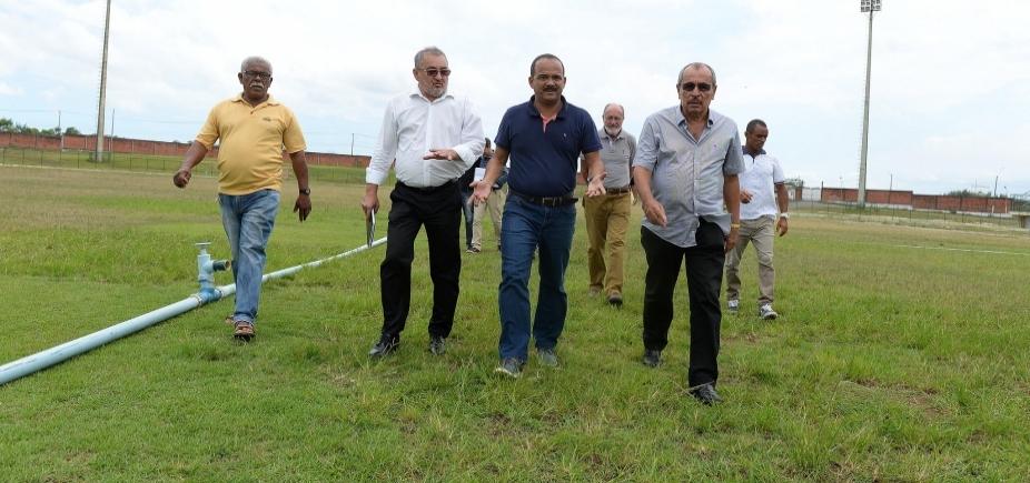 Elinaldo atinge Neto e privilegia política local após demissões