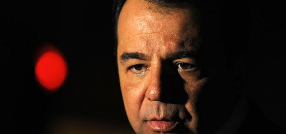 Cabral cita risco em Bangu 8 e pede transferência para Benfica