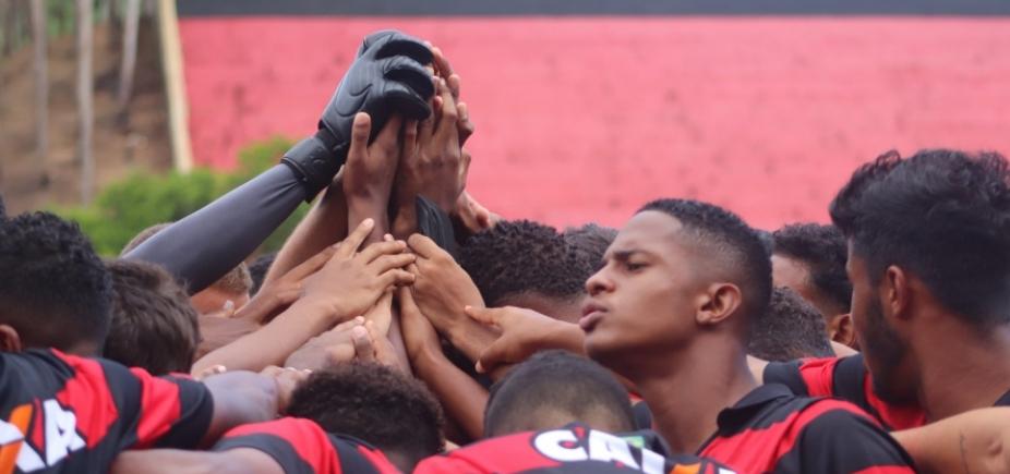 Vitória enfrenta o Flamengo hoje, na estreia do Brasileirão