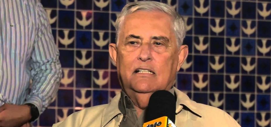 Ex-governador do DF Joaquim Roriz é internado com pneumonia