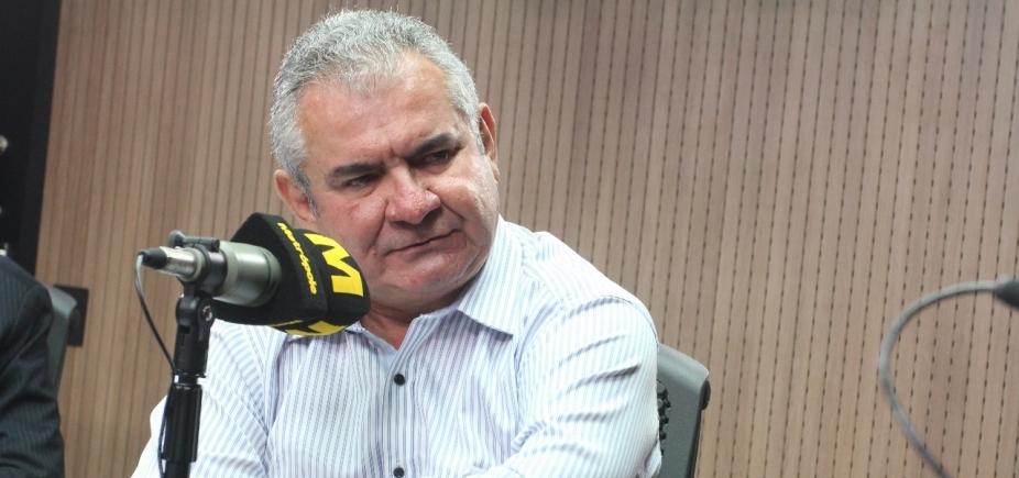 'Vai ficar marcado no currículo dele', diz Coronel sobre desistência de Neto