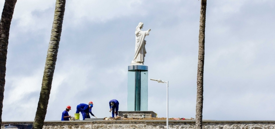 'Falta bom senso', diz Amabarra sobre nova base do Cristo da Barra