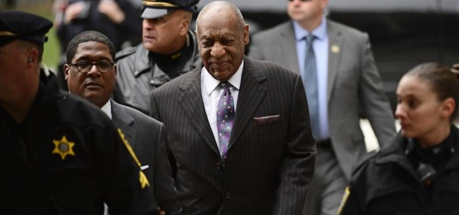 Bill Cosby diz que tocou, mas não fez sexo com acusadora: ʹNão senti vontadeʹ