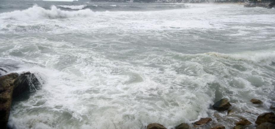 Mau tempo interrompe travessia Salvador-Mar Grande hoje