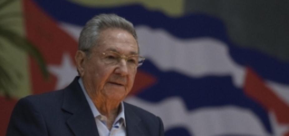 Raúl Castro critica prisão de Lula em discurso de despedida
