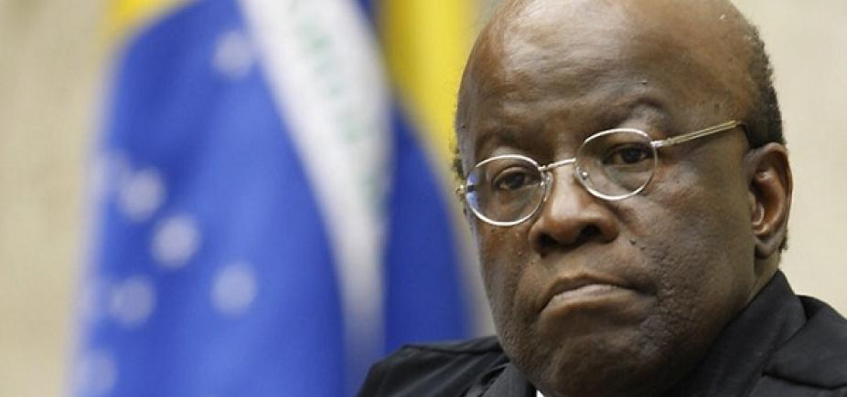 Em alta, Barbosa é assediado por embaixadas e agências de investimento