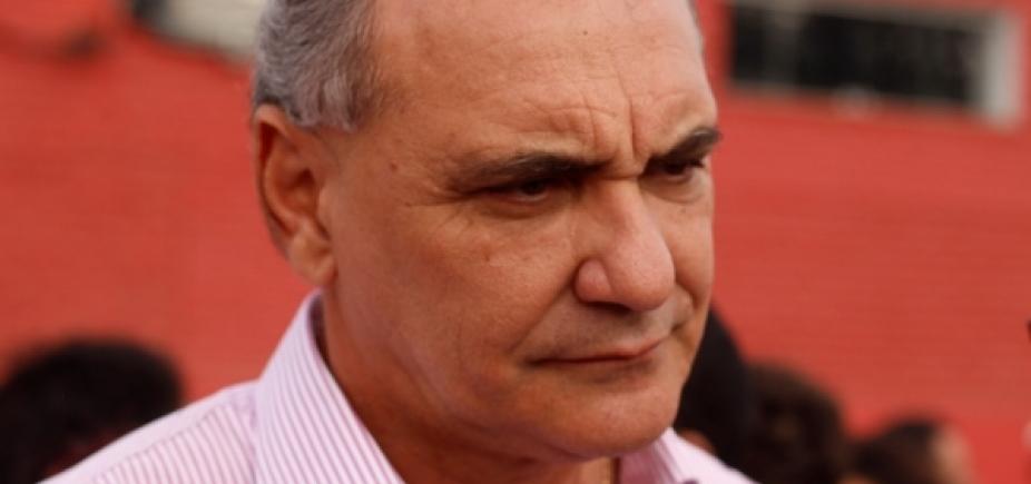Nelson Pelegrino usa cota parlamentar para custear viagem em apoio a Lula