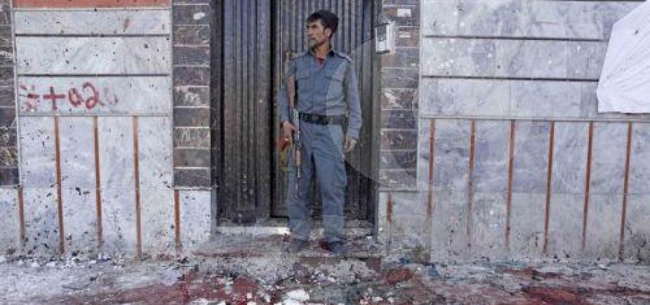 Atentado deixa 53 mortos em Cabul