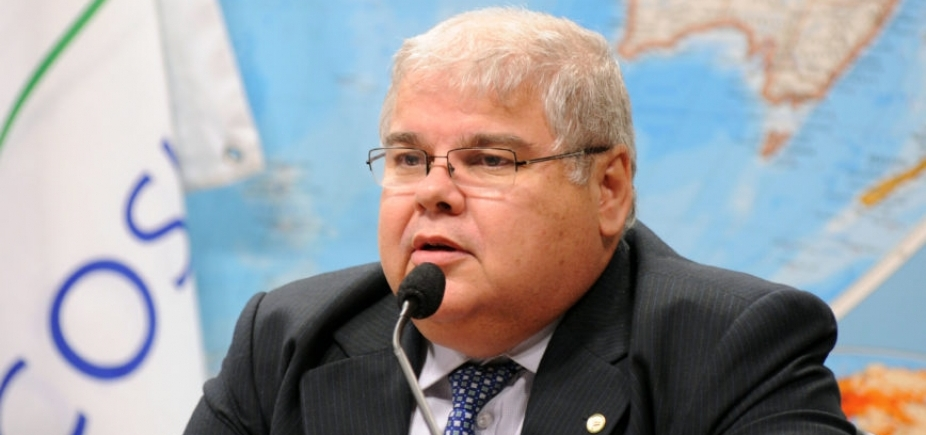 Lúcio ameaça ministros com ʹvídeoʹ de Geddel pedindo voto