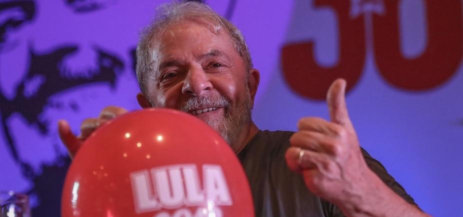 Após prisão de Lula, PT segue como partido favorito do eleitor, diz Datafolha