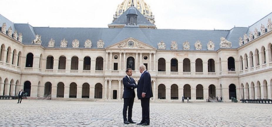 Ao receber Macron, Trump critica acordo do Irã