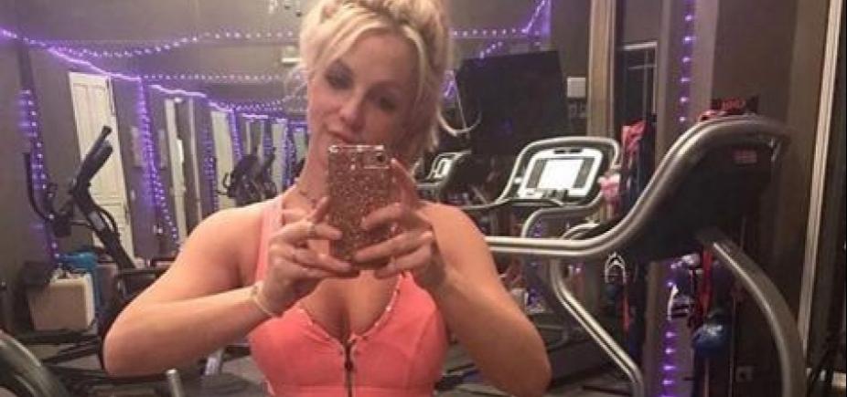 Britney Spears treina para turnê ao som de Anitta; vídeo