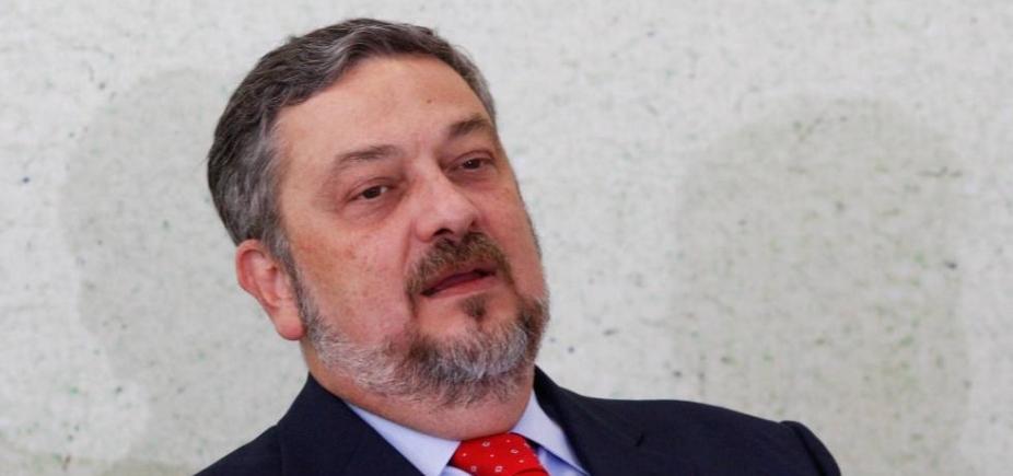 Palocci firma delação premiada com a Polícia Federal