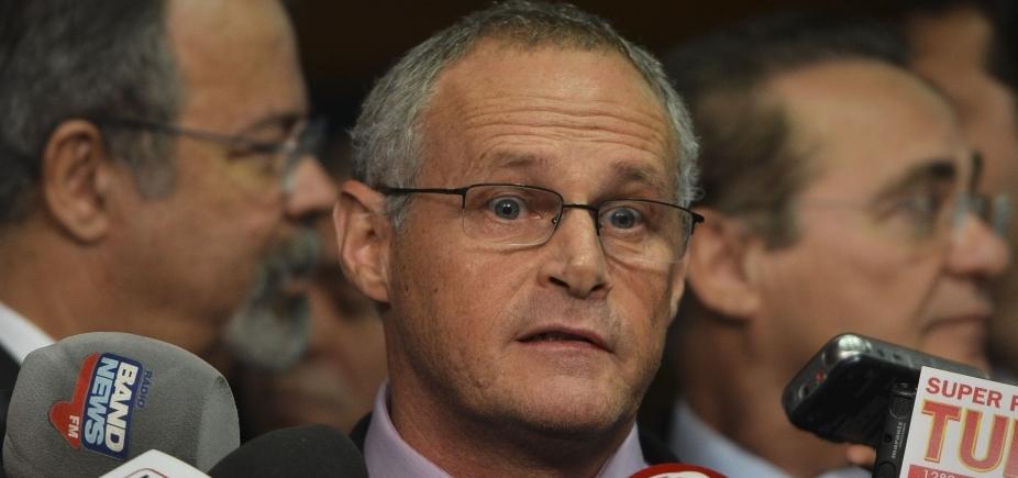 Delator relata pagamento a ex-secretário do Rio; ele nega