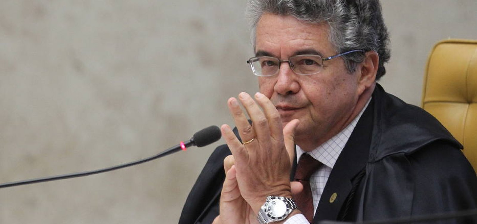 Em Portugal, ministro do STF diz que prisão de Lula é 'ilegal e viola a Constituição'