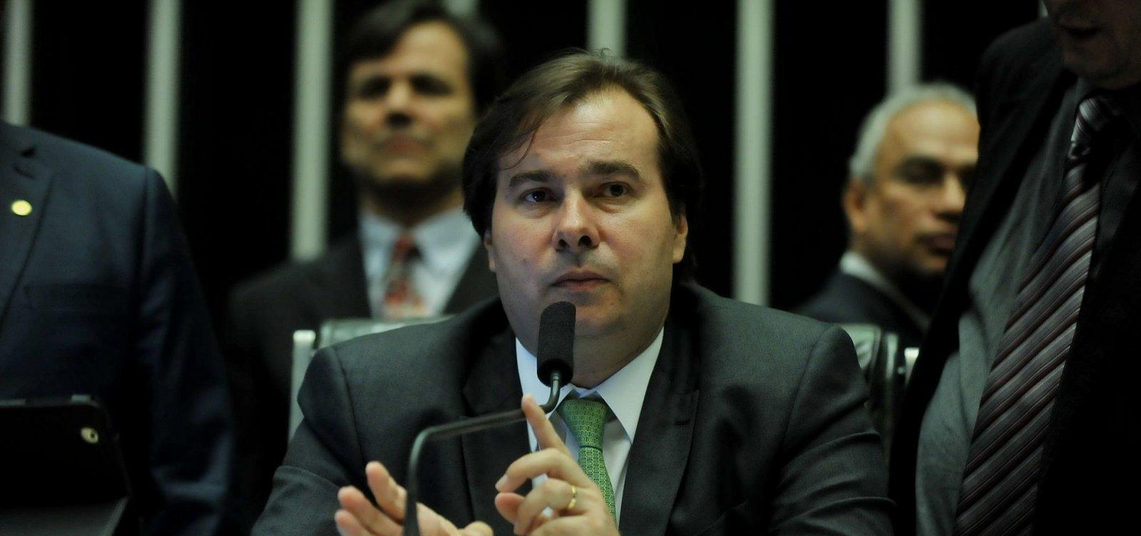 'PT voltou a ser um ator político relevante' após impeachment, admite Maia