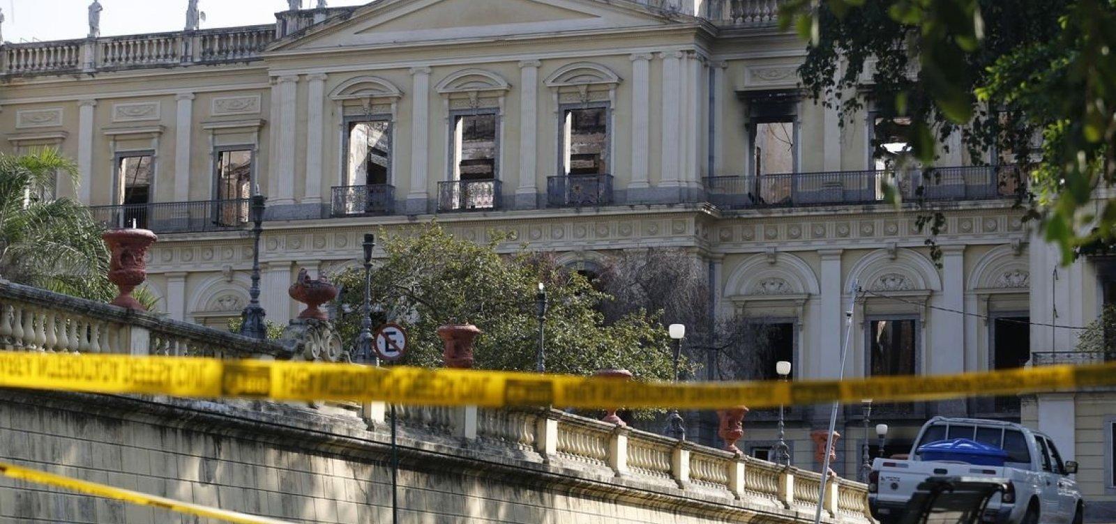 Governo da Espanha vai ajudar Brasil a recompor acervo do Museu Nacional