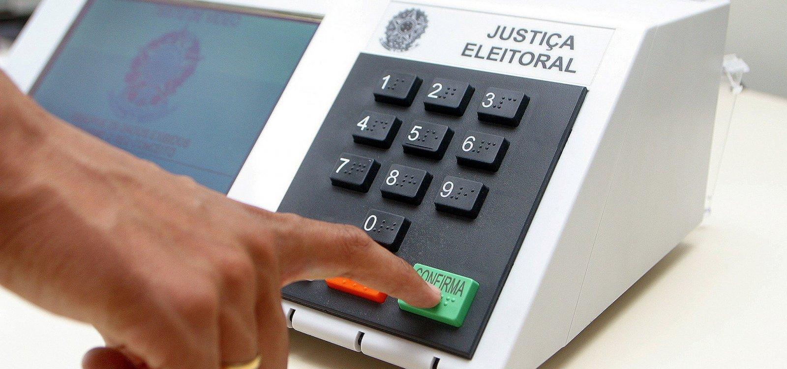 Mais de 300 eleitores vão usar nome social para votar na Bahia