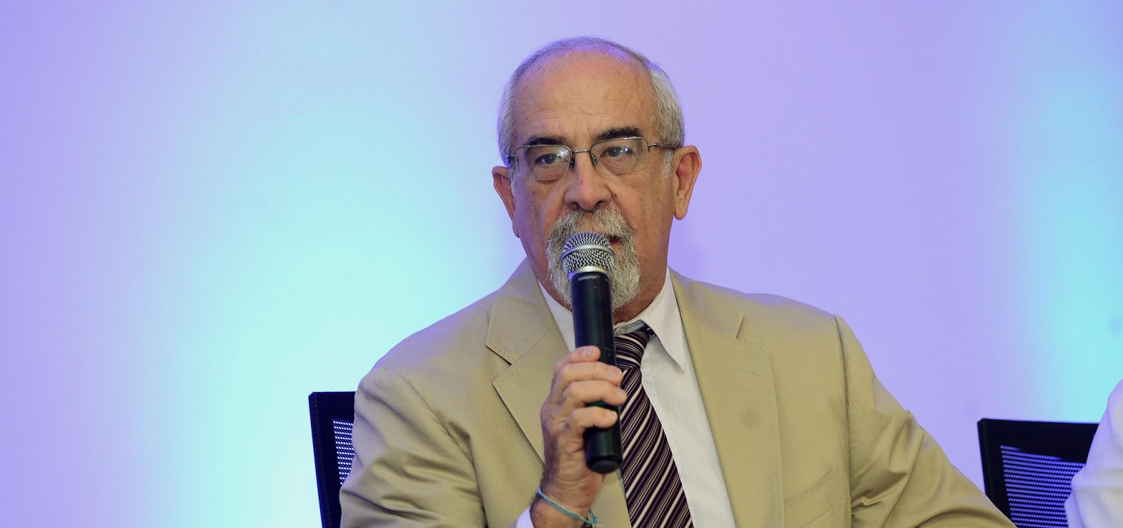 'Não acredito em motivação política', diz chefe da Casa Civil sobre ação do TCE contra VLT