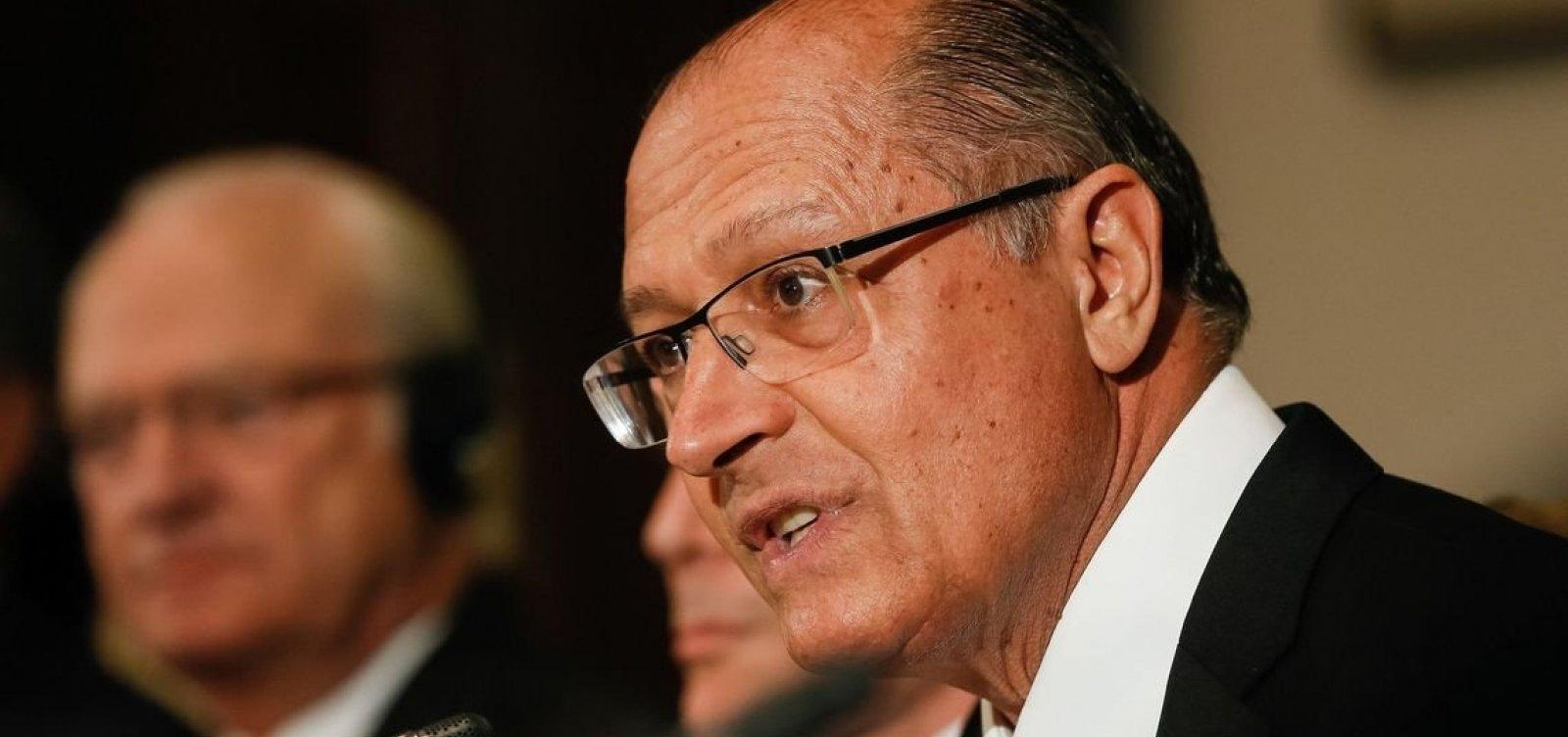 Alckmin diz que PSDB está 'fragilizado' e se preocupa com extremismo no país
