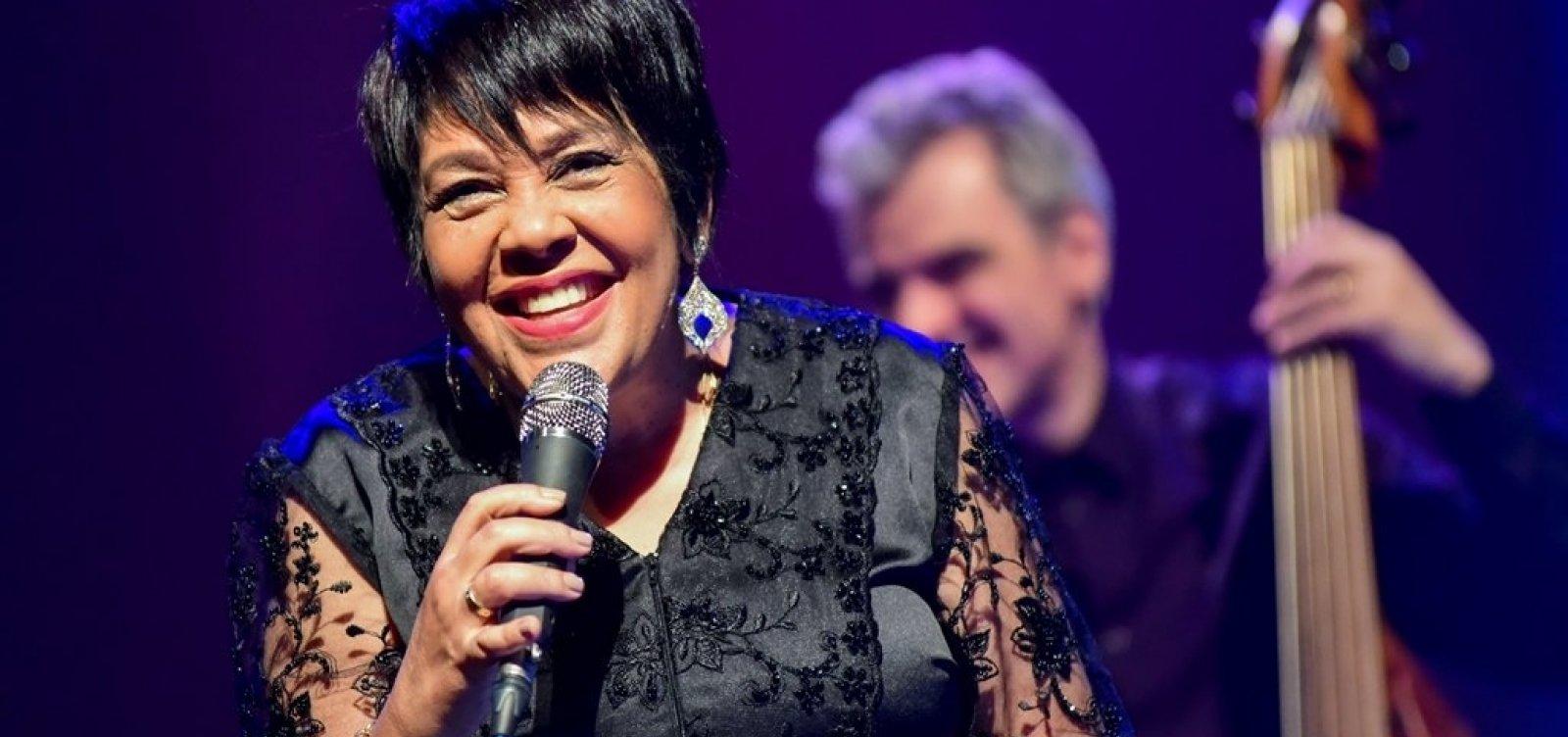 Rosa Passos apresenta o show 'Brasileira' em Salvador