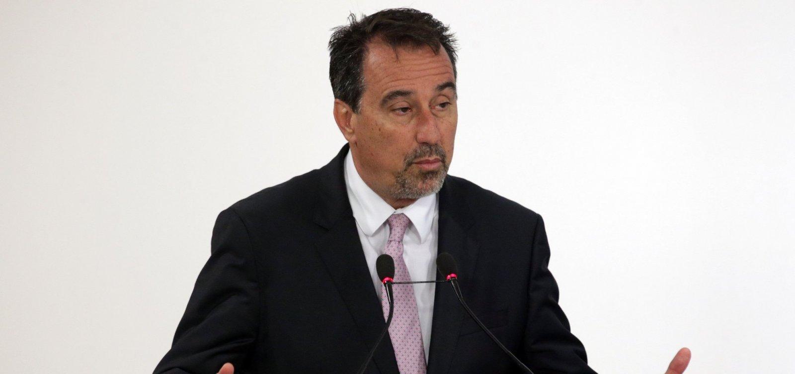 Occhi processa Caixa e secretária-executiva do Ministério da Fazenda