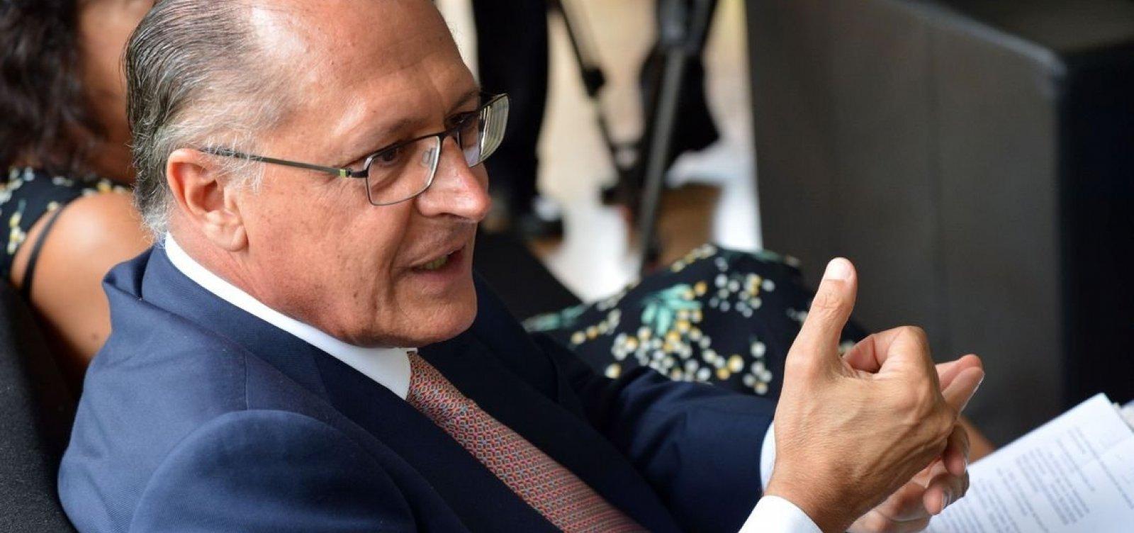 Alckmin sobe tom contra Bolsonaro em propaganda eleitoral