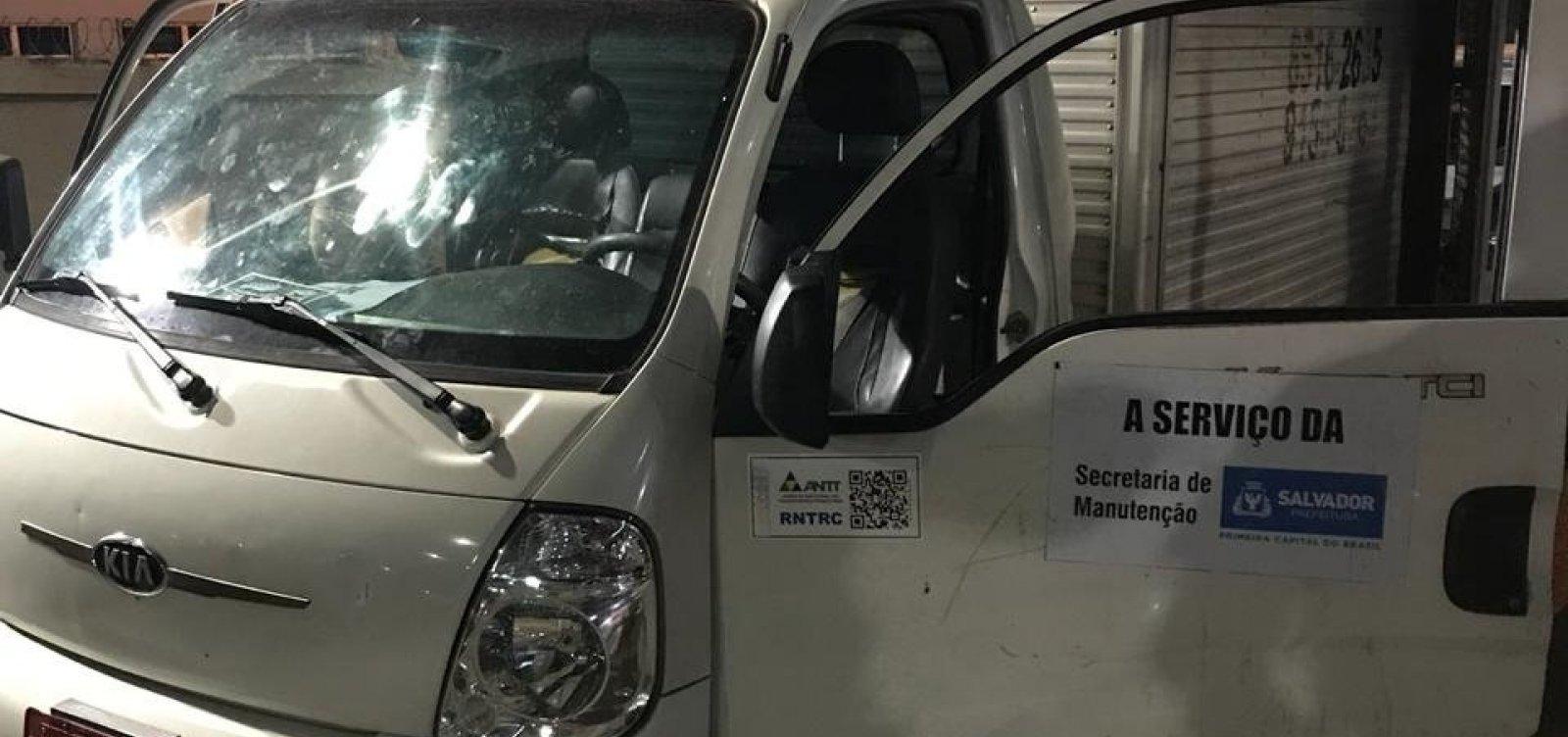 Prefeitura nega que caminhão apreendido com maconha seja do município