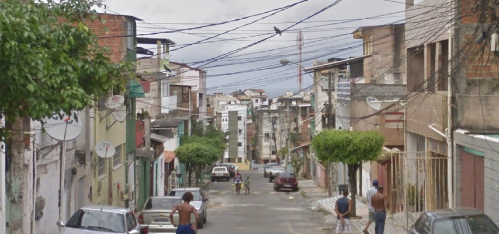 Criança é atingida por bala perdida na Boca do Rio, em Salvador