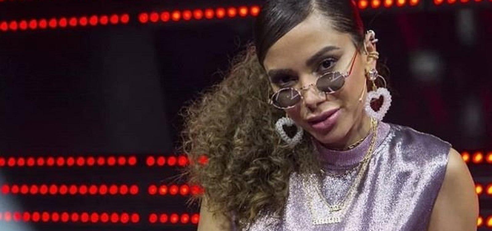 Anitta comenta polêmica sobre posicionamento político em show; veja vídeo