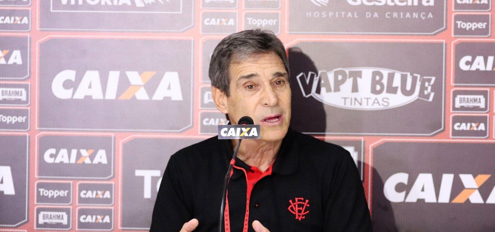 Carpegiani explica derrota e promete 'repensar' time do Vitória