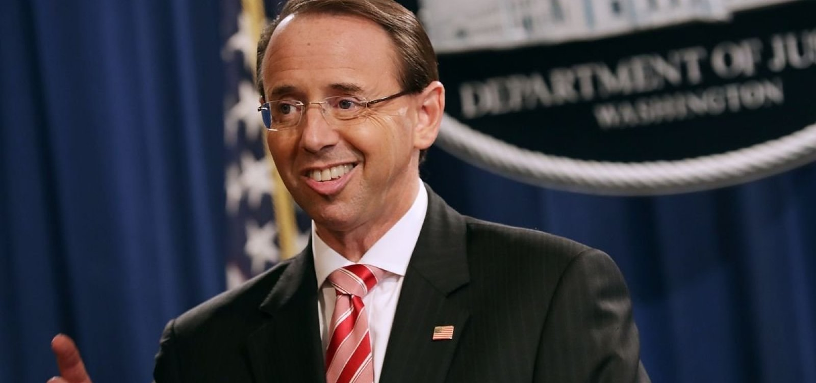 Secretário-assistente da Justiça dos EUA deve deixar posto no governo