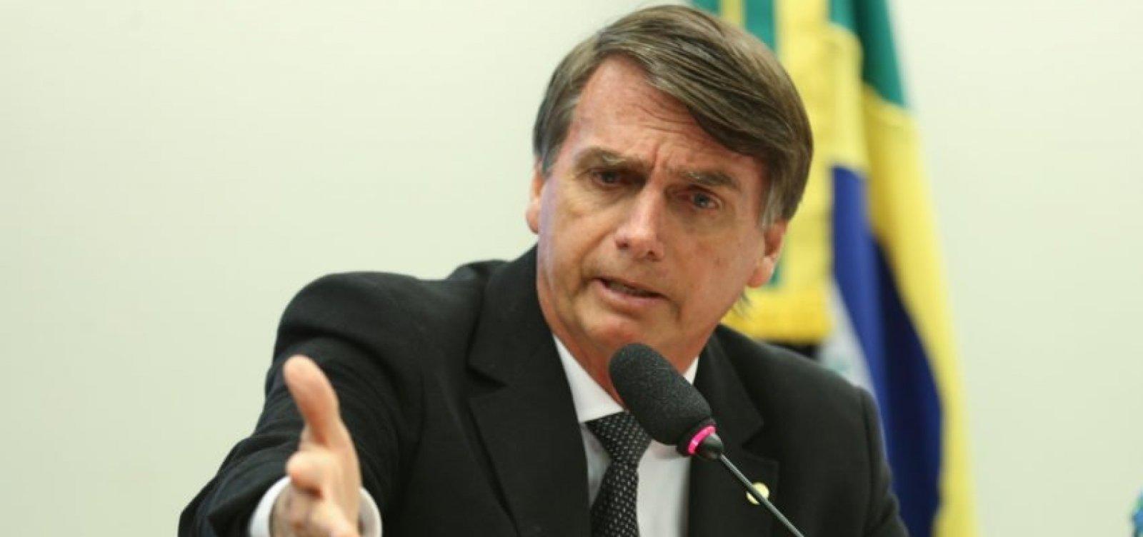 Equipe de Bolsonaro identifica área acéfala em campanha, diz colunista