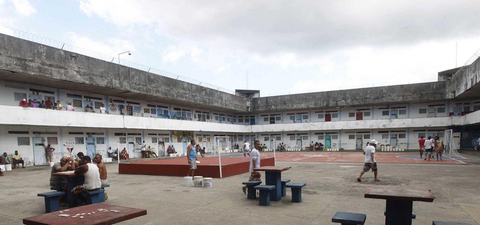 Incêndio atinge Penitenciária Lemos de Brito, na Mata Escura