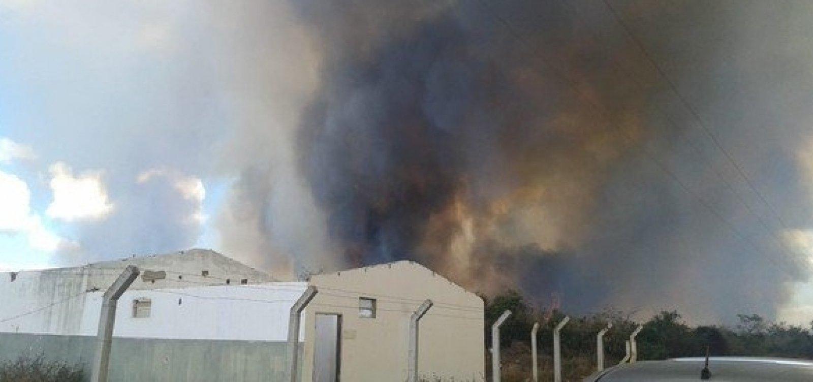 Incêndio que atingiu área da Uesb, em Vitória da Conquista, é controlado