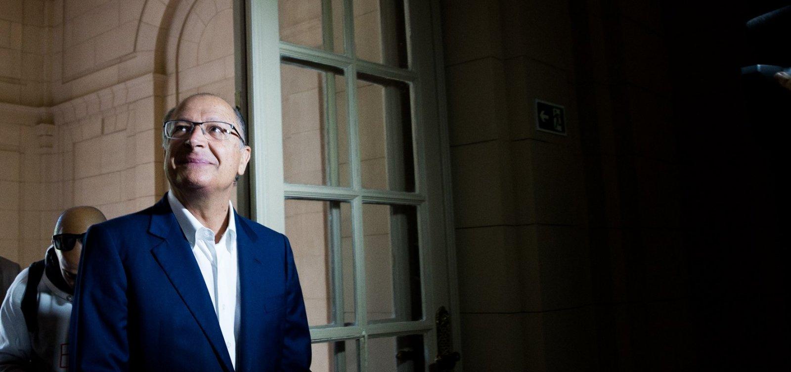 Juiz põe sigilo em ação contra Alckmin