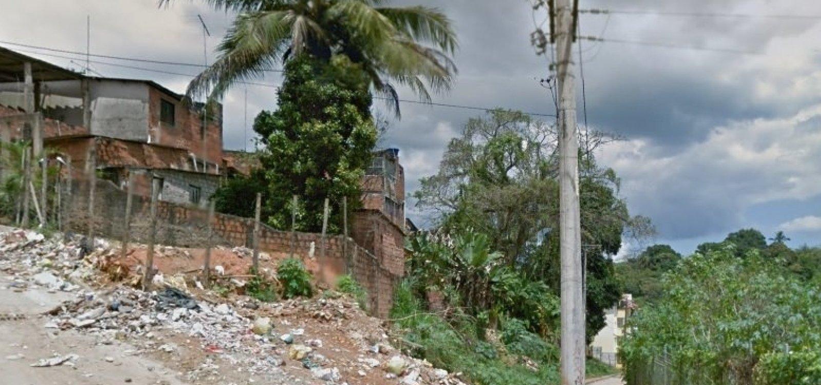 Imóvel de três andares desaba em Pirajá