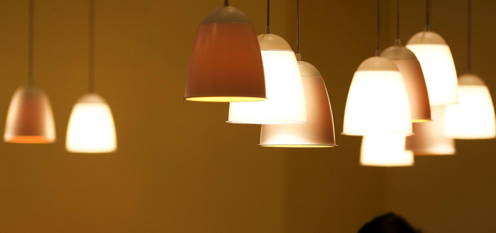 Conta de luz segue com taxa extra no mês de outubro