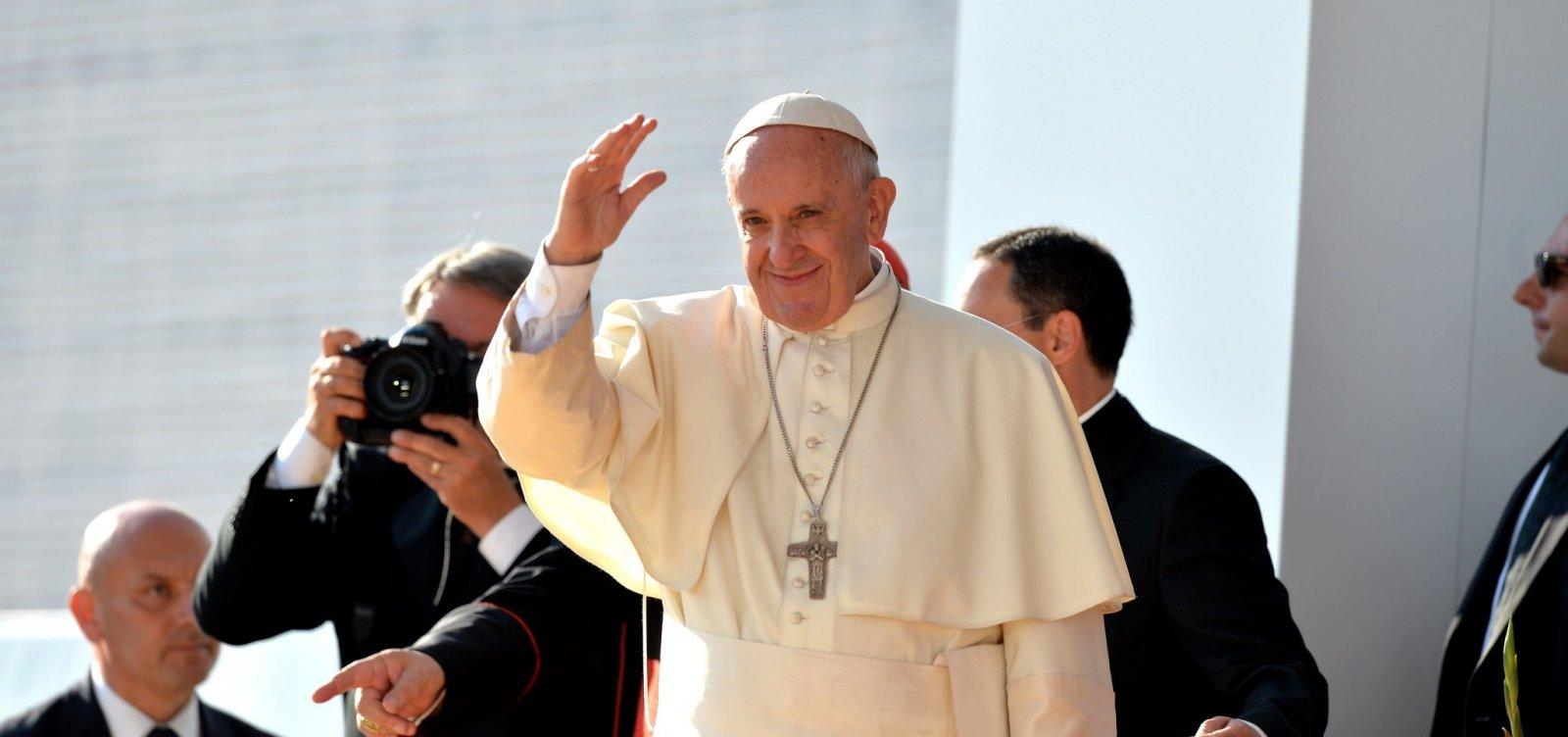 Papa expressa solidariedade aos atingidos por terremoto na Indonésia